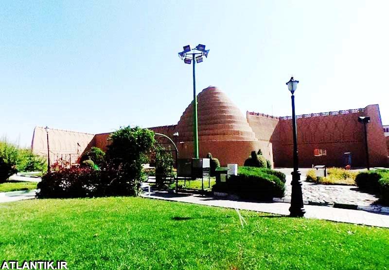یخدان تاریخی زریسف کرمان